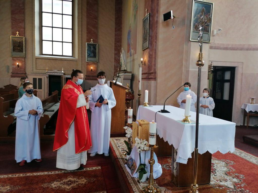 Požehnanie 4. putovnej kaplnky vo farnosti Veľký Biel