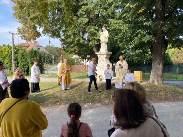 Požehnanie kaplnky vo farnosti Jablonica